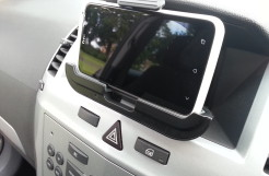 HTC OneX  Vehicle Charging Dock