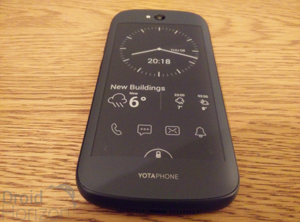 back of yotaphone 2