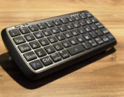 Review: GTIDE power bank with mini Bluetooth keyboard.