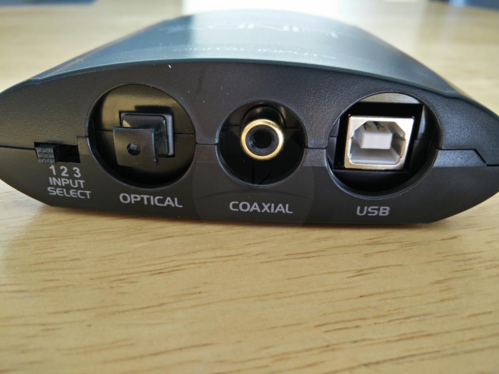 inputs Lindy USB DAC