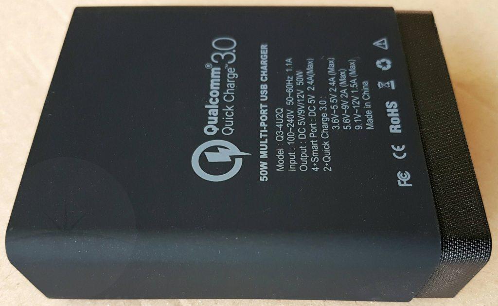 Choetech Q3-4U2Q - Back