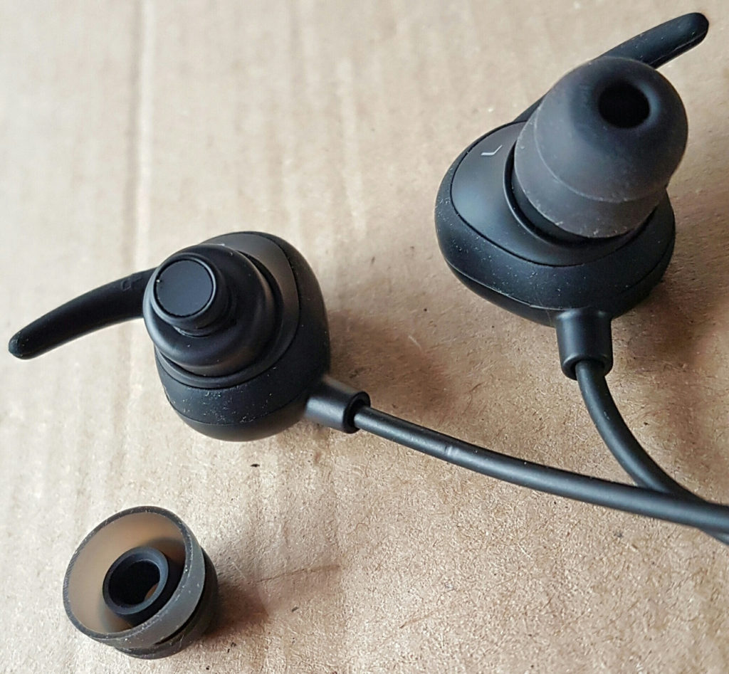 iclever-bth06-earpieces