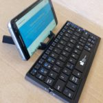 EC Keyboard Stand - Side With Phone