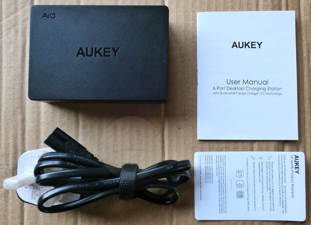 Aukey PA-T11 - Contents