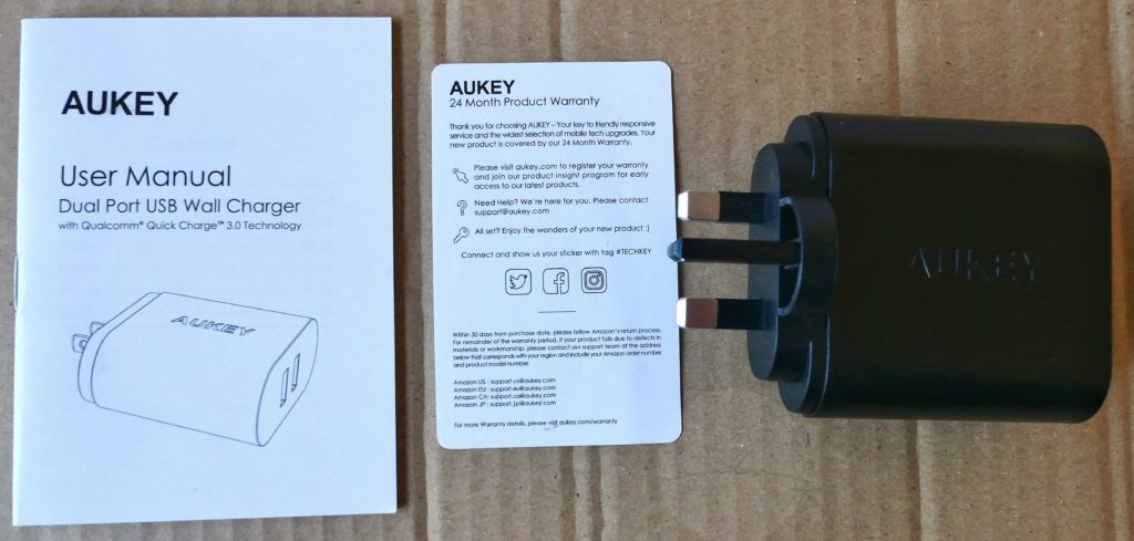Aukey PA-T16 - Contents