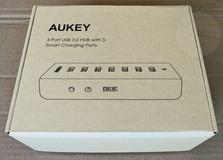 Aukey USB Charging Hub - Box