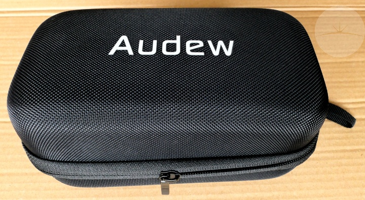 Audew Jump Starter - Case
