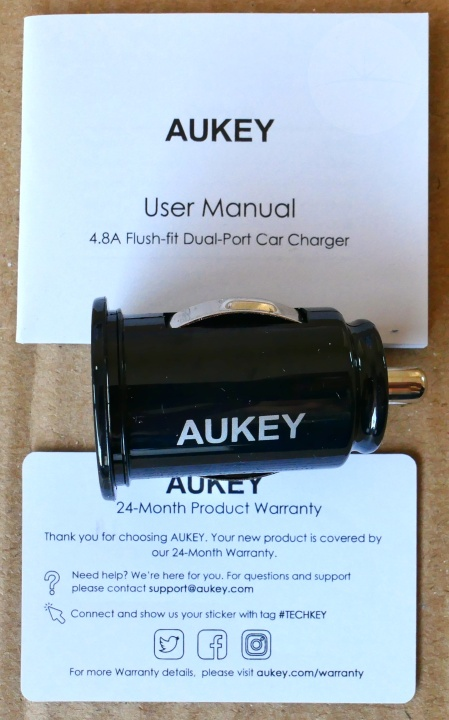 Aukey CC-S1 Car Charger - Contents