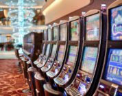 How to Protect Yourself from Gambling While Playing Slots