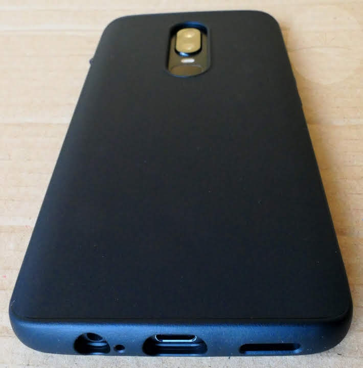 new style 3b8e7 794ba Review: RhinoShield SolidSuit OnePlus 6 Case - DroidHorizon