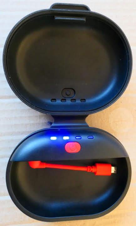 Dodocool Headphone Charging Case - Open