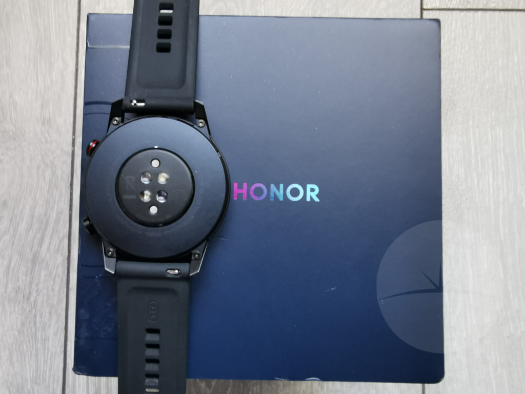 honor magicwatch 2 review back sensors