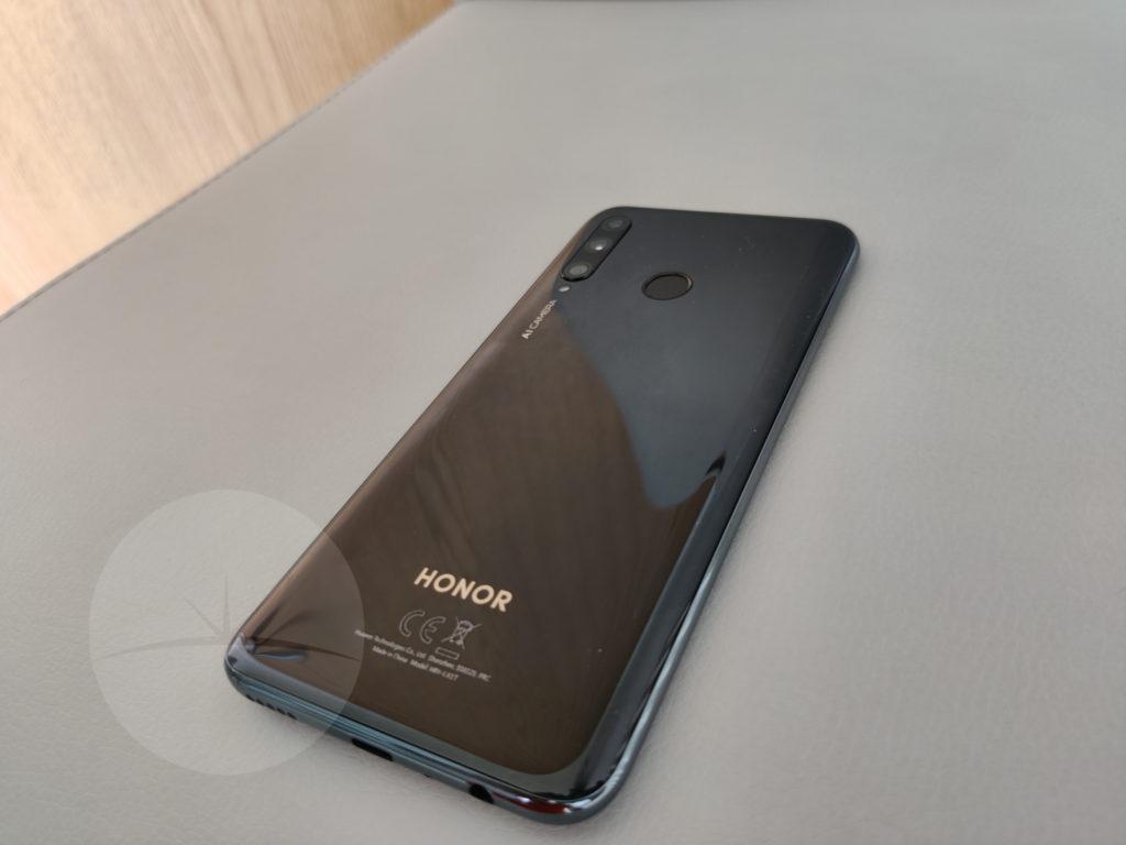 Smartphone Review - HONOR 20e 7