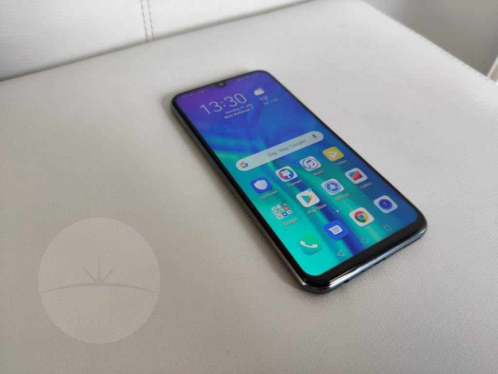 1 Smartphone Review - HONOR 20e