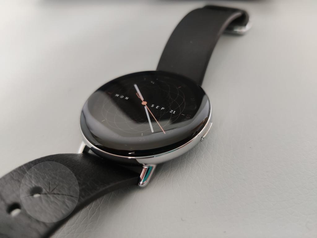Smartwatch Review - Zepp E side