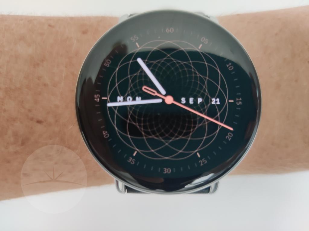 Smartwatch Review - Zepp E face