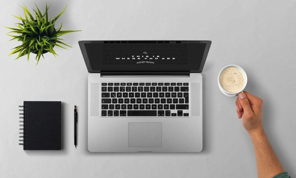 5 Criteria to Select a Best Essay Writing Service Online main